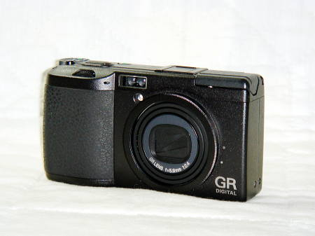 ... 24.6 MP Full Frame Digital Camera from ORIGINAL owner in box & papers